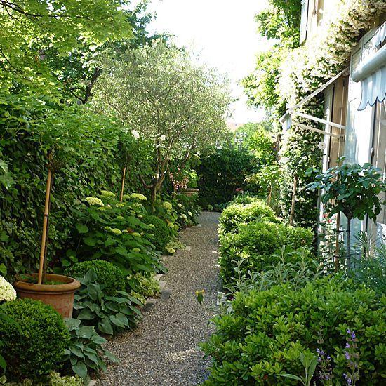 Av jardin architecte paysagiste meinier ge 1252 for Recherche architecte paysagiste