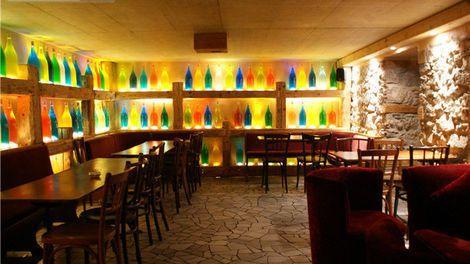 Qu'importe Bar à Vin - Bar Carouge  - GE 1227